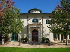 Robin Williams' Elegant Wine Country Estate | coolhouses.frontdoor.com