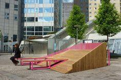 Dune - Espanha  | http://www.bimbon.com.br/projeto/mobiliario_urbano_20_projetos_de_parques_e_pracas_pelo_mundo