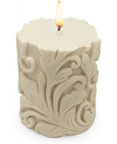 Fire Candle, Candle Art, Candle In The Wind, Candle Lanterns, Beeswax Candles, Pillar Candles, Velas Diy, Diy Candles Design, Candle Accessories