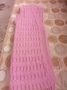 Pembe Tığ İşi Bayan Yelek Knitting Videos, Kara, Leg Warmers, Diy And Crafts, Dresses, Islam, Fashion, Waistcoat Designs, Women's Vests