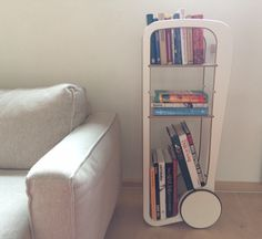 Fleimio Trolley with books.