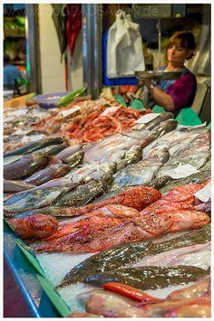 Ein Besuch des besten Marktes auf Mallorca. Der Mercat de Santa Catalina in Palmas Szeneviertel. Geheimtipp für den Mallorca Urlaub.