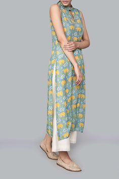 Best 12 Ladies Kurta – Buy Marvi Kurta for Women Online – Blue – Anita Dongre Simple Kurti Designs, Stylish Dress Designs, Salwar Designs, Kurta Designs Women, Kurti Designs Party Wear, Blouse Designs, Indian Designer Outfits, Designer Kurtas For Women, Simple Indian Suits