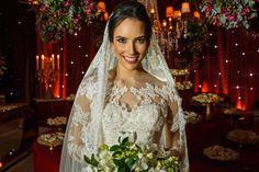 Casamento Patrícia e Caio #bride #noiva #brideoftheday Acesse http://noivadeevase.com/casamentos-reais-patricia-e-caio/