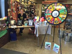 Folks also got to win prizes with our fun prize wheel. All month long, this Mud Bay location will be featuring Fences For Fido as their nonprofit of the month. Please stop in and thank our friends at Mud Bay! Buy this Prize Wheel at http://PrizeWheel.com/products/floor-prize-wheels/floor-and-table-prize-wheel-12-24-slot-adaptable/.
