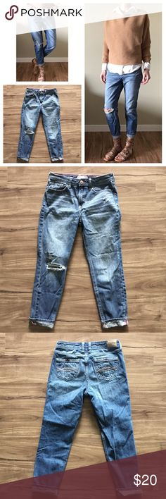 """Broken-in Girlfriend Jeans - Fits size 00 or 0 Comfortable laid-back girlfriend fit. Abercrombie Kids size 15/16 slim also fits women's 00 or 0. These don't get a baggy butt after a day of wear, like many other boyfriend/girlfriend style jeans do! See pictures for size chart from Abercrombie Kids. Gently used condition, only worn a couple of times. I'd keep them but have way too many pairs of this style! 100% Cotton. Machine wash cold, tumble dry. For reference, I'm 5'-5"""" tall, 33.5"""" hips…"""