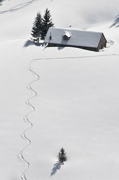 All snowed in. Drifts as high as the house. What an awesome winter photo! Re-pinned by #Europass