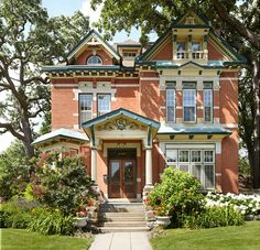 Victorian Houses on St. Paul's Summit Avenue - Old-House Online - Old-House Online