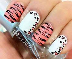 Such a cute manicure!