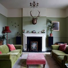 cool 69 Stylish Dark Green Walls In Living Room Design Ideas