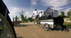 Bicycle Trailers for Dogs |pupRUNNERS®|Photo