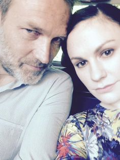 Stephen Moyer and Anna Paquin on their way to Wimbledon