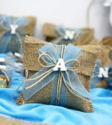 Doğum günü ve parti malzemeleri en özel süslemeler ve dekor ürünleri ile partiavm.com da. Kız ve erkek çocuk butik doğum günü süslemeleri, lavanta keseleri, kostümler ve ihtiyacınız olabilecek her şey tek adreste sizi bekliyor. Burlap Bags, Jute Bags, Wedding Favors, Wedding Gifts, Lavender For Sleep, 1st Boy Birthday, Baby Decor, Little Gifts, Birthday Decorations