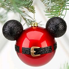 Mickey Mouse Ornament We redecorated our tree Christmas Eve with lots of these when we surprised our kids with a trip to Disney World in Love them! Mickey Mouse Christmas Ornament, Disney Christmas Decorations, Christmas Baubles, Christmas Tree Ornaments, Christmas Crafts, Christmas Eve, Diy Ornaments, Disney Diy, Disney Crafts