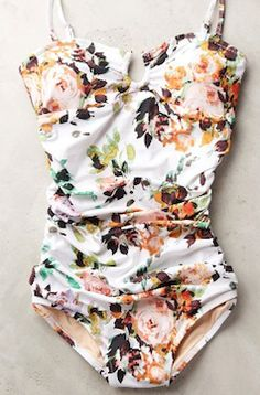 love this floral print one piece bathing suit http://rstyle.me/n/wsxrhbna57