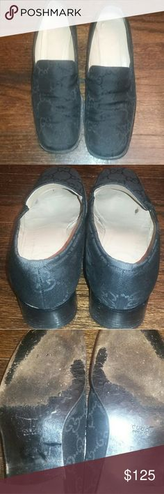 Gucci fabric loafers These Gucci fabric loafers are cute. They have some wear and tear but they have a lot of life left in them as you can see from the soles. The winkles go away when you put the shoes on. Gucci Shoes Flats & Loafers