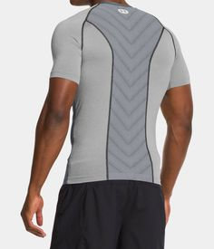 Men's UA HeatGear® Sonic ArmourVent™ Compression T-Shirt   Under Armour IL