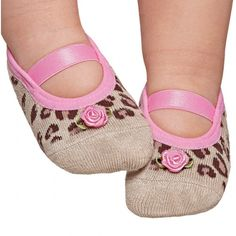 Leopard baby socks... My little girl has to have these are too cute!!