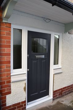 Rockdoor Newark are very popular. Rockdoors are the only composite door manufacturer to make a door so suited to the Fitted from Front Door Side Windows, Grey Front Doors, House Front Door, House Entrance, Entrance Doors, Front Entry, Terrace Design, Terrace Ideas, Porch Ideas