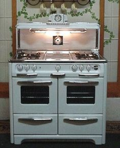 1950S Oven   Wedgewood 1950s double oven / stove with clock and mathing salt and ...