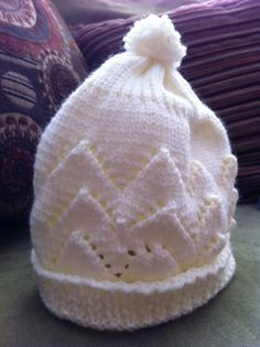Machine  knit lace baby hat
