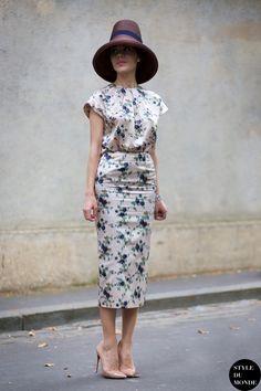 Ulyana Sergeenko Street Style Street Fashion by STYLEDUMONDE Street Style Fashion Blog