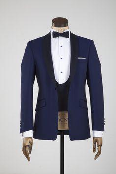 royal blue dinner suit to buy Groom Wear, Groom Outfit, Groom Suit Trends, Wedding Men, Wedding Suits, Taxido Suit, Blue Tuxedo Wedding, Custom Tuxedo, Wedding Dress Preservation