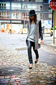 Cool & Chic rainy day outfit