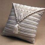 20 Crochet & Knit Pillows To Make: {Free Patterns}