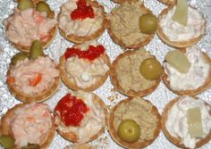 Foto principal de Canapés fríos en 5 minutos Food C, Grilling Gifts, Tapas Bar, Party Finger Foods, Tasty, Yummy Food, Pretty Cakes, Easy Cooking, Gourmet Recipes
