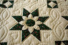 Amish Star Dahlia Pattern Quilt by QuiltsByAmishSpirit on Etsy  And I have a pattern to make this!  Yea!!