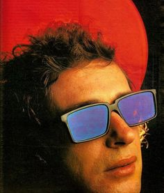 Gustavo Cerati Soda Stereo, Film Music Books, Lady And Gentlemen, My Music, Rock And Roll, Gentleman, Pin Up, Idol, Mens Sunglasses