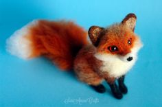 OOAK Needle felted red fox miniature original / door SaniAmaniCrafts