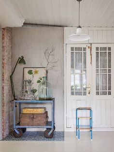 6359 best Vintage Home Decor images on Pinterest | Industrial ...