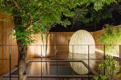 宿の楽しみと言えば、温泉ですね。露天風呂は人口泉ですが、箱根の綺麗な空気を感じながら入浴することが可能です。「小田急箱根レイクホテル」では、日帰り入浴もできますよ。