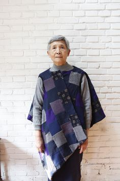 I really want a cozy, quilted poncho/cape. The calm colours are sweet and I am so happy to see fashion for older people. --- Beijing's very own upcycled clothing store! Sewing Clothes Women, Clothes For Women, Remake Clothes, Diy Fashion, Fashion Outfits, Make Do And Mend, Knitted Cape, Love Jeans, Upcycled Clothing