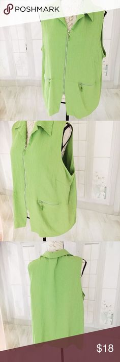 """Fashion Bug Women's Plus 22/24 Green Vest Crepe like unlined fabric. Dry clean only. Acetate/rayon combination. 26"""" long, 25"""" bust measured armpit to armpit. Measurements are taken laid flat and are approximate Fashion Bug Jackets & Coats Vests"""