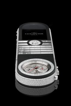 GoldVish Revolution - White Gold with 32ct of VVS Diamonds REF RV63-WAU-LE MSRP EUR 369.000