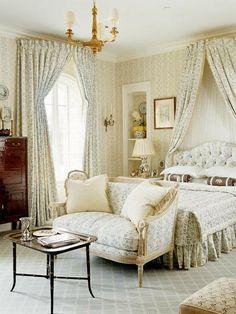 A classic, soft and feminine, beautiful bench, love the carpet, Cathy Kincaid