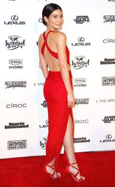 Lily Aldridge in a  red criss-cross back Alexandre Vauthier dress