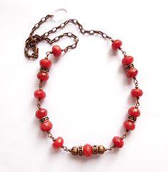 Halsband med röd agat från Lady of the Lake Smycken http://ladyofthelake.se