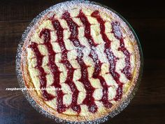 Raspberrybrunette: Linecký tvarohový koláč s malinovým džemom Challah, Cooking Recipes, Pie, Sweets, Baking, Ethnic Recipes, Food, Torte, Cake