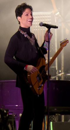 #Prince with his fave  Hohner Telecaster