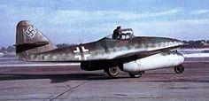 Messerschmitt Me 262A-1a Schwalbe WNr110604 Lechfeld 1945