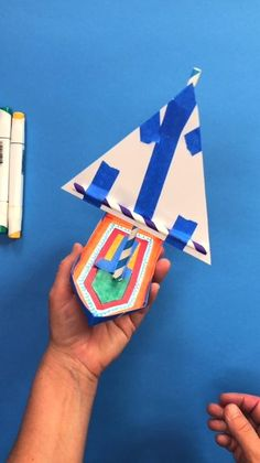 Challenge kids to engineer a skimmer toy out of simple materials! Print the template and start designing! #AWIM #STEM #sponsored Creative Activities For Kids, Diy Projects For Kids, Fun Crafts For Kids, Toddler Activities, Stem Science, Science Experiments Kids, Science For Kids, Curious Kids, Kawaii Diy