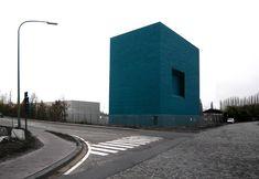 BE, Antwerp, substation Petrol. noA architecten, 2010.