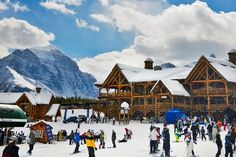 Mooie skilocatie #LakeLouise, midden in de #CanadeseRockies. #vakantie #verrereizen