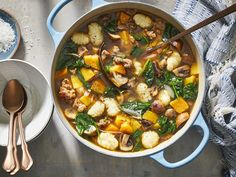Turkey sausage, sweet butternut squash, earthy mushrooms, shallots, and spinach come together to make a big bowl of delicious comfort. The colors stay Soup Recipes, Cooking Recipes, Easy Recipes, Dinner Recipes, Oven Cooking, Chili Recipes, Italian Sausage Recipes, Gnocchi Soup, Kitchens