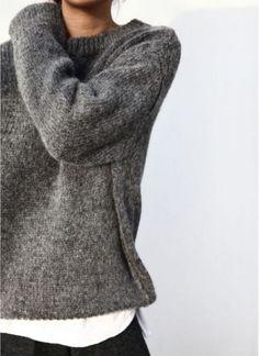 Znalezione obrazy dla zapytania minimalistyczny sweter