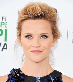 While we may not be able to help you conquer your fear of walking a tight rope, getting a voluminous coiff like Reese Witherspoon's is no sweat.
